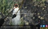 Padamkan Karhutla di Jambi, BPBD Lakukan 48 Kali Bom Air - JPNN.COM