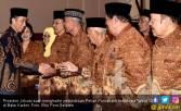 Jokowi Pastikan Pensiunan PNS Terima Gaji ke-13 - JPNN.COM