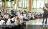 Agar Remaja Lebih Saling Peduli - JPNN.COM