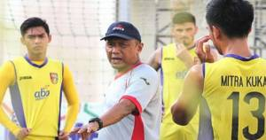 5 Klub Berjuang Lepas dari Jerat Degradasi Liga 1 2018 - JPNN.COM