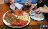 Nendangnya Pizza Nasi Geprek - JPNN.COM
