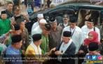Kiai Ma'ruf Ajak Santri Melawan Pandangan Pesimistis Prabowo - JPNN.COM