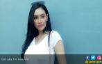 Putri Juby Ngaku Orang di Masa Lalu Delon Thamrin - JPNN.COM
