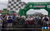 Ribuan Peserta Ramaikan Sepeda Nusantara Etape Manakarra - JPNN.COM