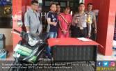 Terpeleset, Pencuri Sepeda Motor Babak Belur Diamuk Warga - JPNN.COM