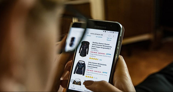 Solusi Bagi Pehobi Belanja Barang Branded Pakai Jastip - JPNN.com