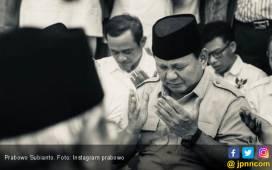 Prabowo Menangis Membaca Surat dari Gendis - JPNN.COM