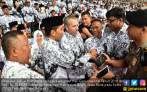 Jokowi: PP PPPK Buka Peluang Pengangkatan Guru Honorer - JPNN.COM