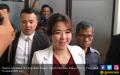 Gisel Tebar Senyum Jelang Sidang Cerai - JPNN.COM