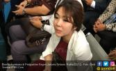 Gisel Ungkap Penyebab Matanya Sembap Saat Sidang Cerai - JPNN.COM