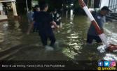 Sejumlah Wilayah di Kota Bekasi Banjir Hingga 30 Cm - JPNN.COM