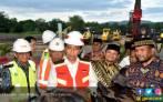 Jokowi Memulai Pembangunan Tol Pertama di Aceh - JPNN.COM