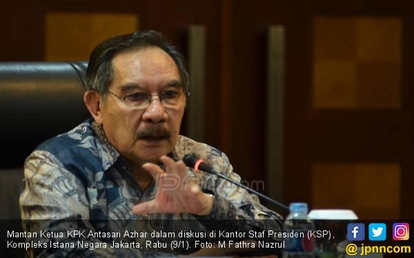 Pimpinan KPK Diteror, Antasari Azhar Beristigfar - JPNN.com