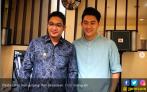 Dari Depan Kakbah, Pasha Ungu Doakan Ifan Seventeen - JPNN.COM