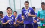 Menanti Kejutan Pemain Asia Bidikan Persib Bandung - JPNN.COM