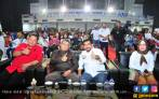 Ribuan Pendukung Jokowi Padati Nobar Debat Capres TKD Jatim - JPNN.COM