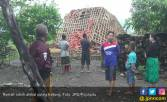 Sedihnya, Rumah Baru Bangun Mendadak Dihancurkan Puting Beliung - JPNN.COM