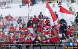 Piala AFF U-22, Timnas Indonesia vs Malaysia: Suporter Merah Putih Masih Setia - JPNN.COM