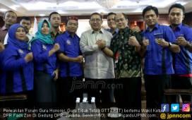 Kuasa Hukum Honorer K2: Pak Jokowi Hanya Berjanji Berjanji Berjanji - JPNN.COM