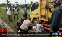 Perempuan Hamil Dua Bulan di Palembang Tewas Ditabrak Truk