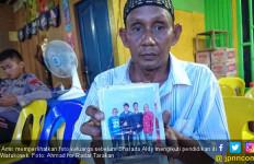 Ayah Bharada Aldy Buruh Pelabuhan, Ditelepon Komandan Brimob, Menangis… - JPNN.com