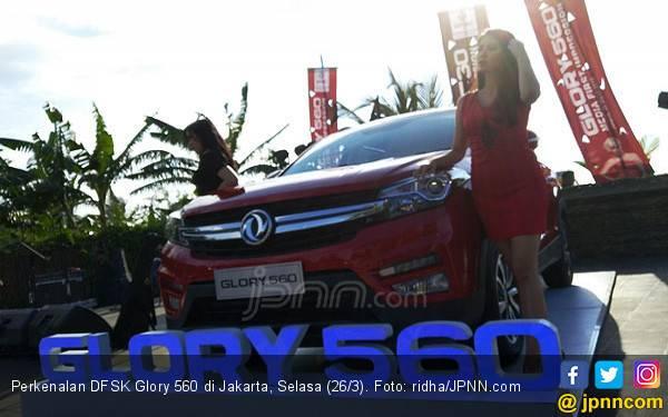 Ini 4 Daya Tawar DFSK Glory 560 Melawan Rush dan HRV - JPNN.com