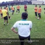 Para pemain PSS Sleman sedang berlatih di bawah arahan pelatih Seto Nurdiyantara. Foto: PSS Sleman