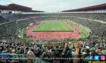AFC Sebut Rumput Stadion GBT dan Suporter Persebaya Terbaik