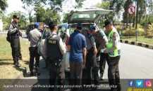 Antisipasi Aksi 22 Mei, Polres Cirebon Razia di Tiga Jalur