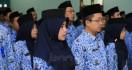 Presiden BJ Habibie Menaikkan Gaji PNS Hampir 100% - JPNN.com