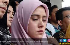 Fairuz A Rafiq Terbaring di Rumah Sakit - JPNN.com