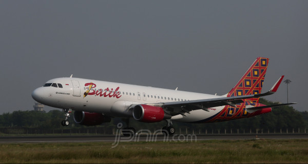 Batik Air Resmikan Penerbangan Langsung dari Timika ke Jayapura - JPNN.com