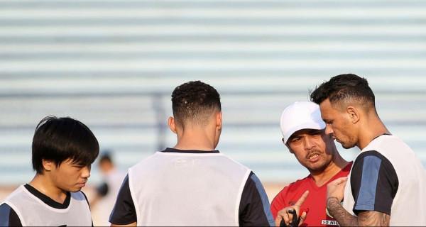 Persela Lamongan vs PSM Makassar: Awal Perjalanan Terjal - JPNN.com