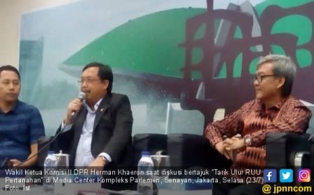 Komisi II Siap Bahas Larangan Eks Koruptor Maju Pilkada dengan KPU