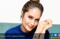 Cinta Laura Mewek saat Menonton Film Bumi Manusia - JPNN.com
