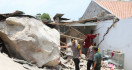 Aktivitas Tambang Rusak Rumah Warga-Sekolah di Purwakarta, Operasional PT MSS Disetop - JPNN.com