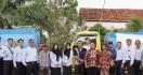 Bea Cukai Sampit Salurkan Air Bersih ke Masyarakat Kalimantan - JPNN.com
