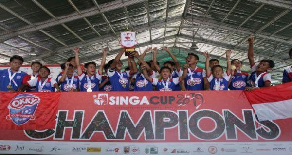 OKKY Youth Soccer Team Berhasil Pertahankan Gelar Juara di Singa Cup 2019 - JPNN.COM
