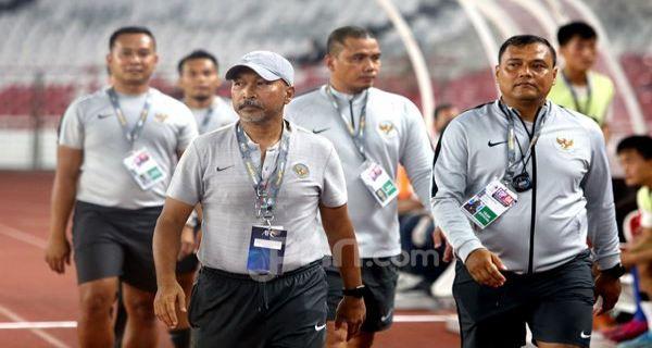Fakhri Husaini Pamit, Begini Pesannya kepada Para Pemain Timnas U-19 Indonesia - JPNN.COM