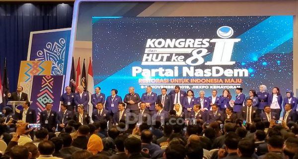 Bismillah... Surya Paloh Lantik Diri Sendiri dan Pengurus NasDem 2019-2024 - JPNN.COM