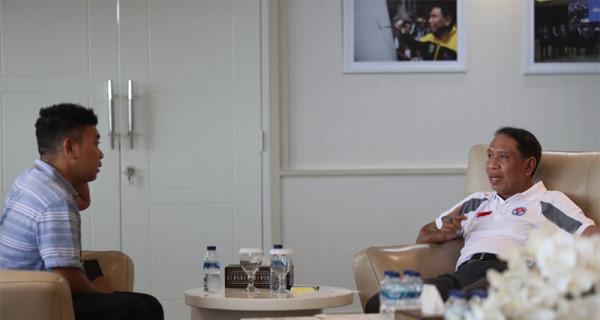 Menpora Ingin Billy Mambrasar Ikut Promosikan PON 2020 Papua - JPNN.com