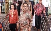 Di Luar Negeri, Pakde Karwo Tetap Kawal Kemenangan Khofifah - JPNN.COM