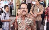 Pakde Karwo Makan Bersama Petinggi NasDem, Heboh - JPNN.COM