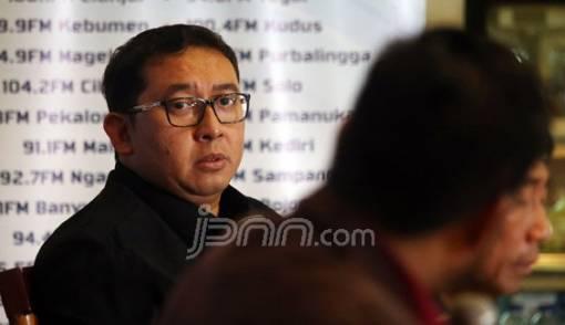 Fadli Zon: Banyak Tokoh BPN Prabowo - Sandiaga Ditarget, Kubu Jokowi Dibiarkan - JPNN.COM