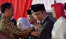 Kepala Daerah Sibuk Dukung Jokowi, Siapa yang Urus Rakyat?