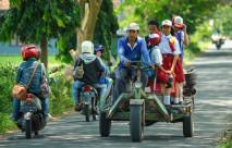 Gerandong, Moda Transportasi Modifikasi Khas Banyuwangi - JPNN.COM