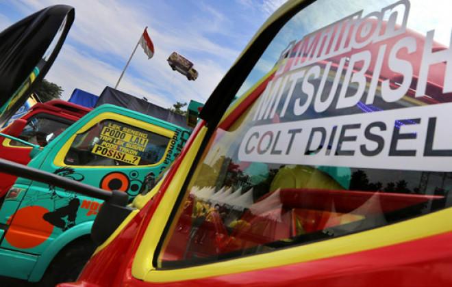 Puluhan Colt Diesel Ikuti Ajang Kompetisi Modifikasi - JPNN.COM