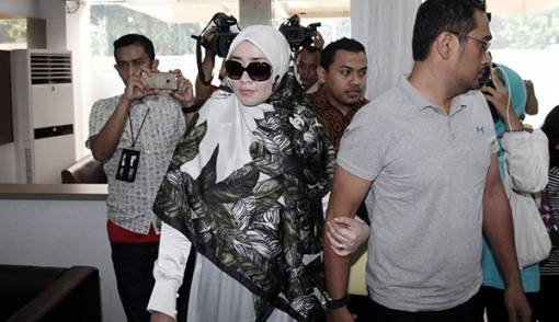 Firza Husein Dikabarkan Hamil, Begini Reaksi Kuasa Hukumnya! - JPNN.COM