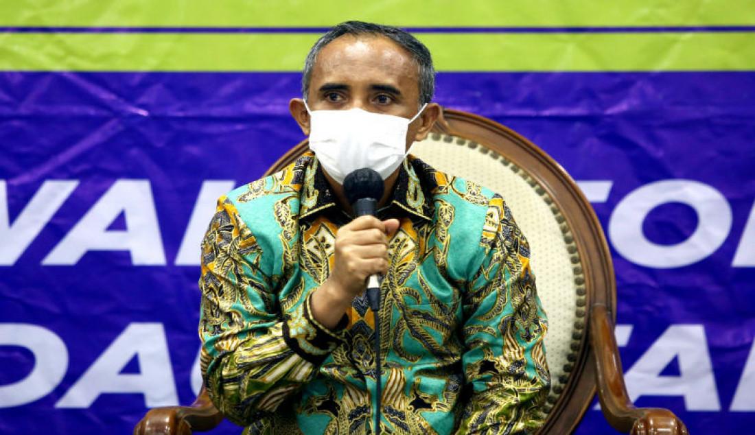 Anggota MPR RI Fraksi Partai Demokrat Anwar Hafid menjadi pembicara bpada diskusi Refleksi 76 Tahun MPR sebagai Rumah Kebangsaan Pengawal Ideologi Pancasila dan Kedaulatan Rakyat di Gedung DPR/MPR/DPD, Jakarta, Senin (30/8). Foto: Ricardo - JPNN.com