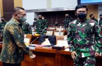 Panglima TNI Bersama Wamenhan, KASAD, KASAL dan KASAU Raker Dengan Komisi I DPR - JPNN.com